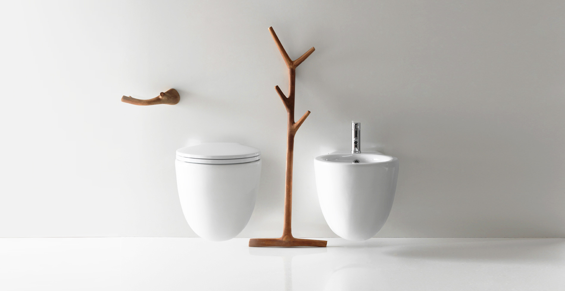 Ergo collection - bathroom towel hanger rail made of iroko solid wood tree shape | Design by Antonio Pascale | Made in Italy