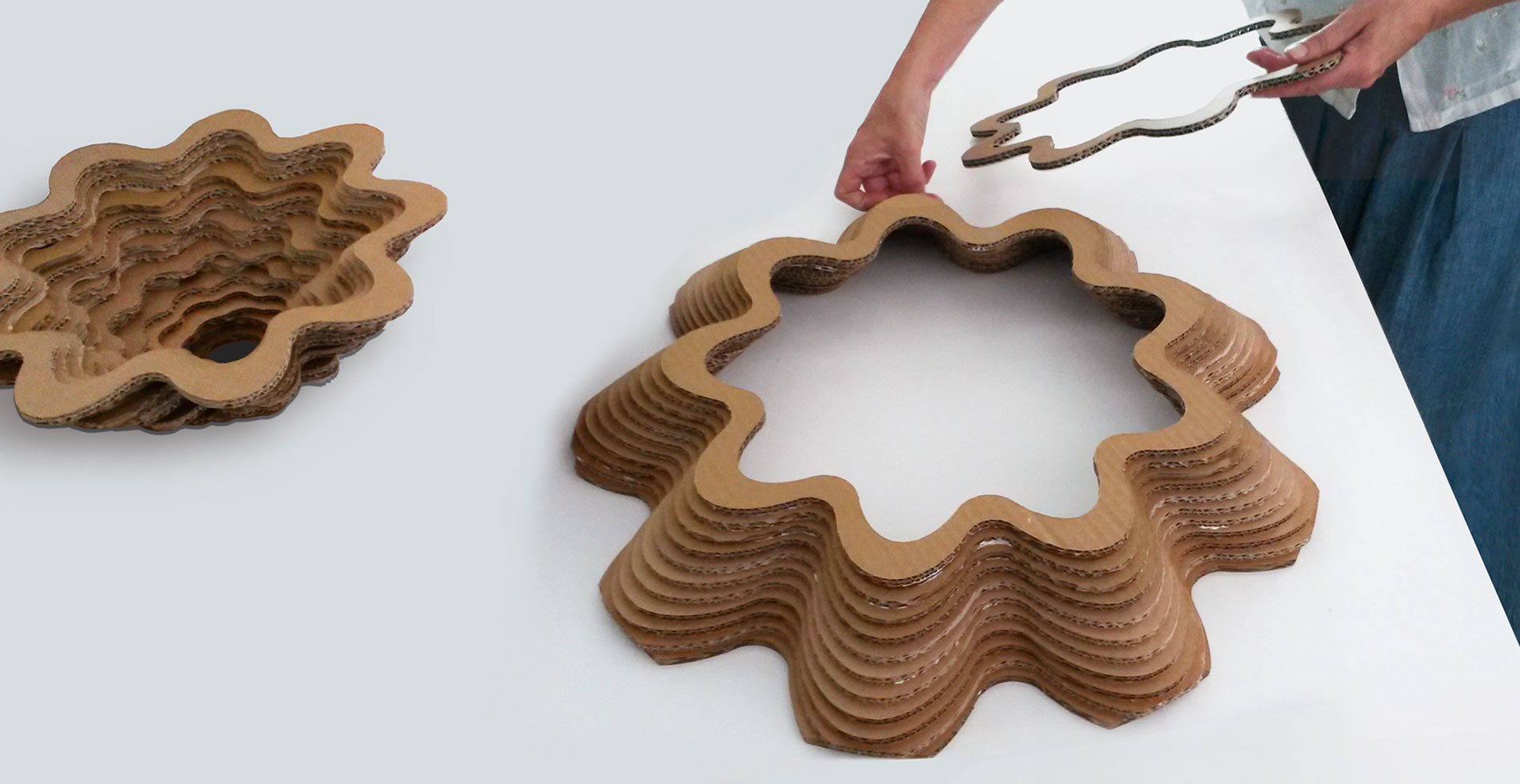 Italiana lamps made of recycled cardboard | Sustainable design by Antonio Pascale for eetico - Made in Italy